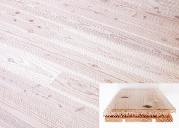 床材は、30mm厚の杉の無垢板